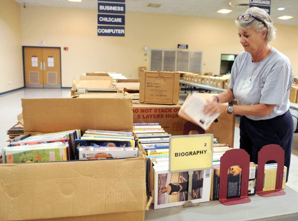 Books, CDs, DVDs overflowing at Lafayette library fundraiser _lowres