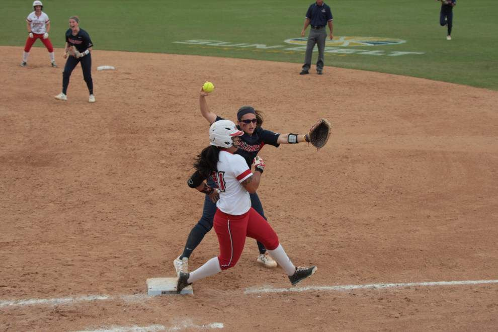Cajuns softball team falls 2-0 to South Alabama in Sun Belt tournament title game _lowres