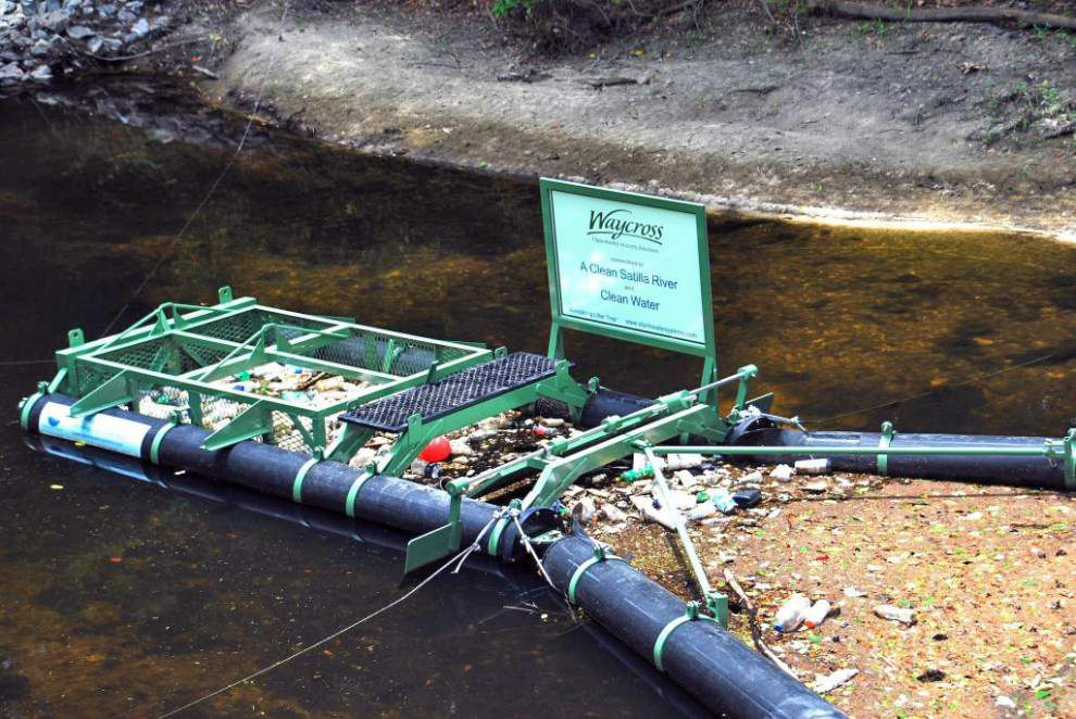 Equipment to help with Bayou Vermilion trash effort _lowres
