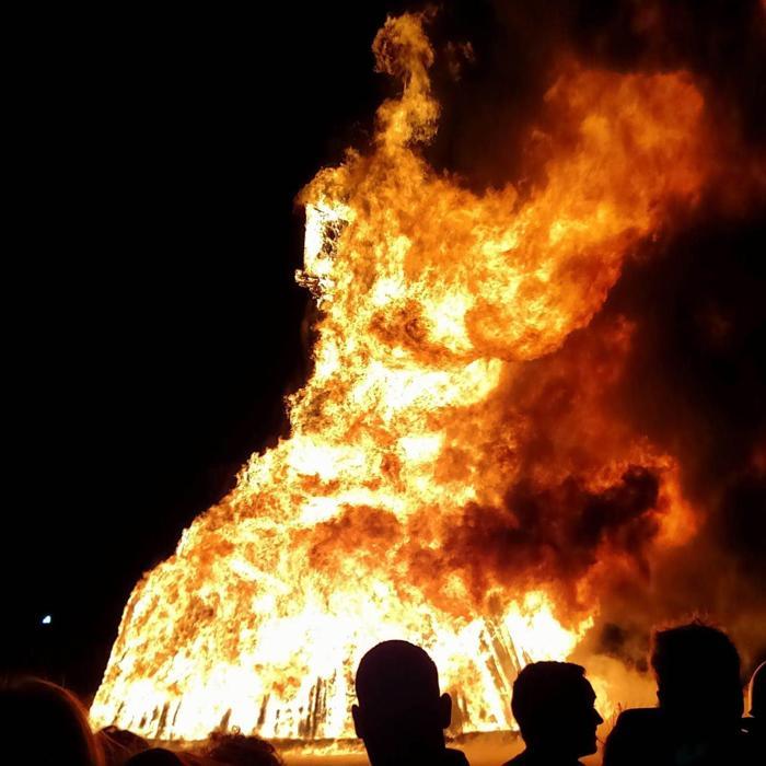 Twelfth annual Burn Night draws thousands