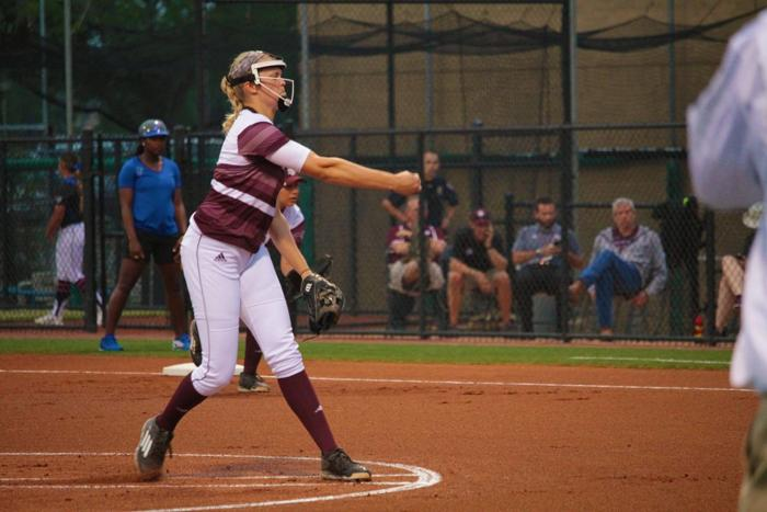 A&M eliminated after extra-inning 9-8 loss to ULL