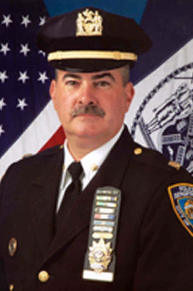 3 deputy chiefs  6 inspectors among 293 nypd promotions