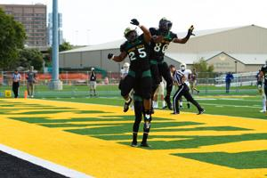 Wayne State football runs its way to a 35-21 victory over Tiffin