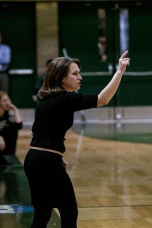 Women's basketball falls after cold start vs GVSU