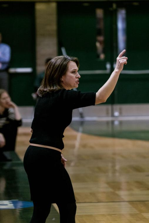 Women's basketball Coach Lohr