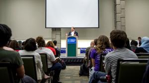 Voter registration rally brings Michigan and New Jersey senators