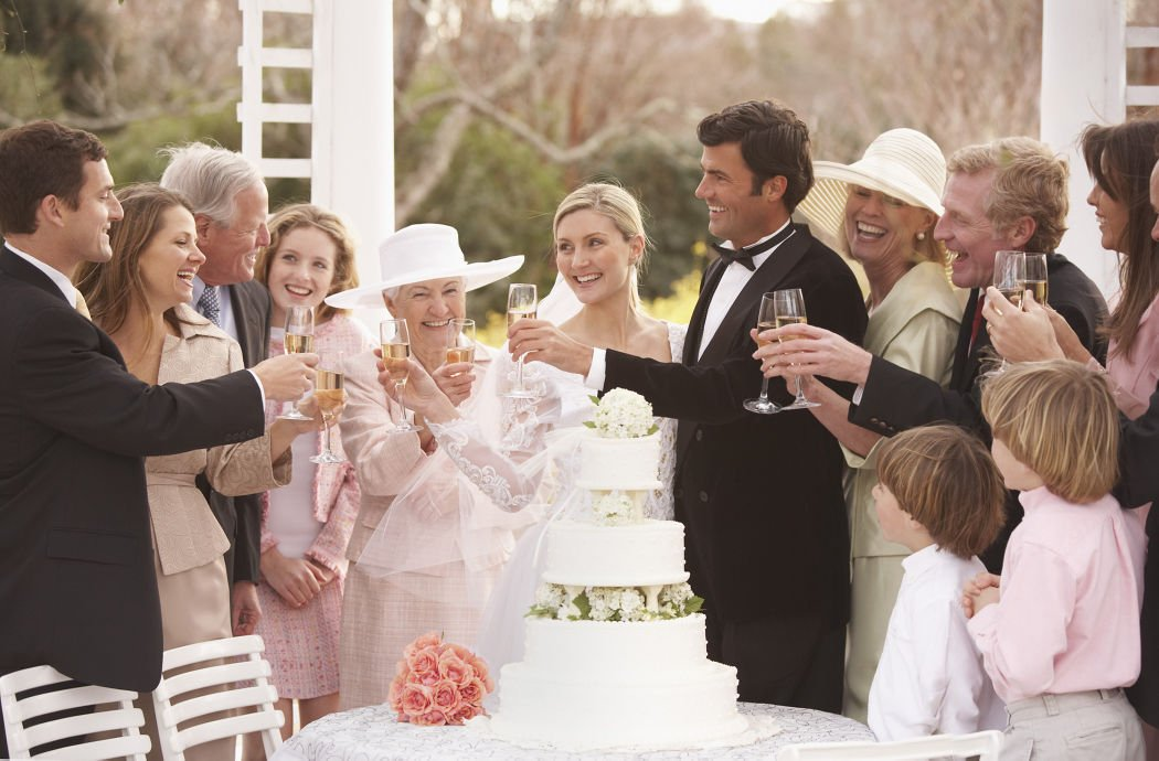 How to manage your drink on your wedding day