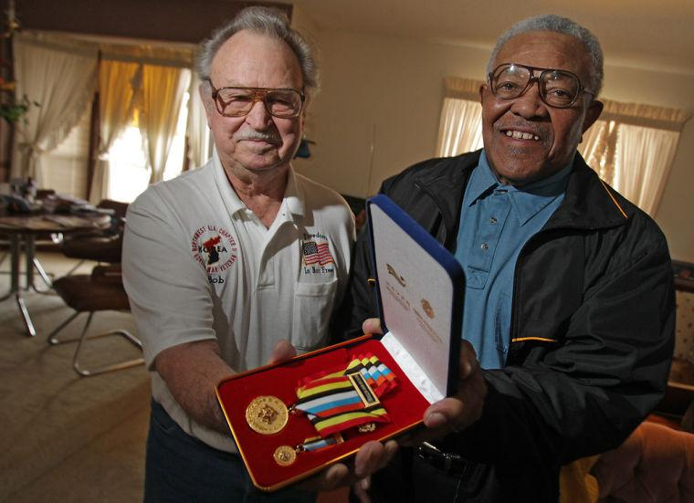 Local veterans receive medals for service in Korean War