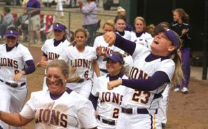 Valdosta State at UNA Softball