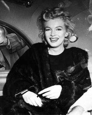 FBI releases Marilyn Monroe files; most focus on ties to suspected communists
