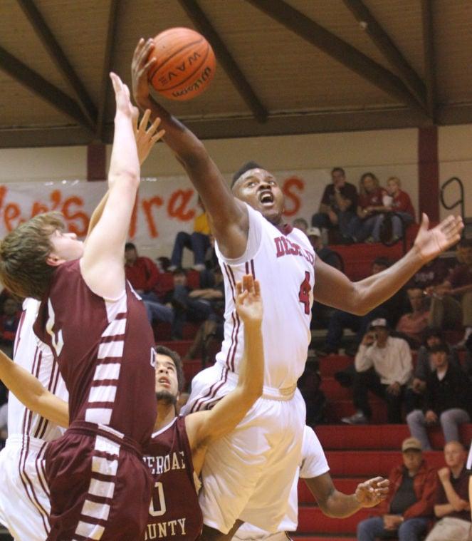 Lauderdale County at Deshler Basketball