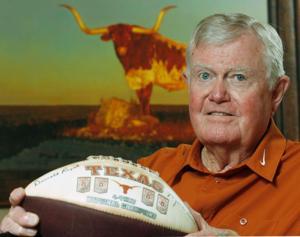 Legendary Texas coach Royal dies at 88