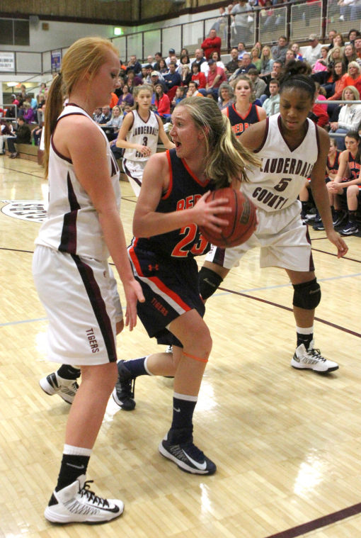 Lauderdale County - Red Bay Northwest Alabama Girls Christmas Tournament Final