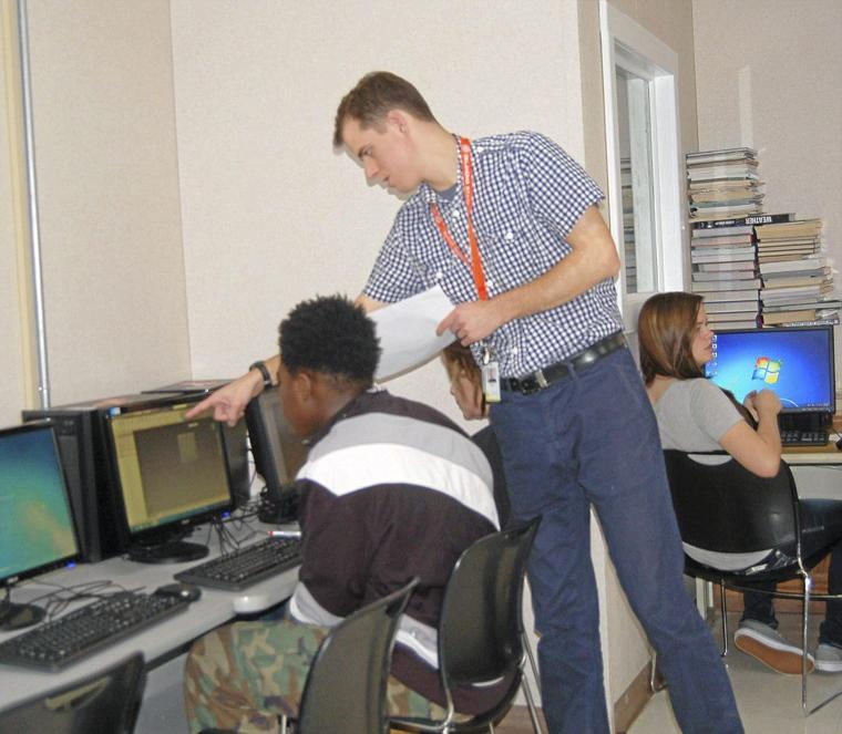Clyde Boyd Middle School Offers New STEM Class