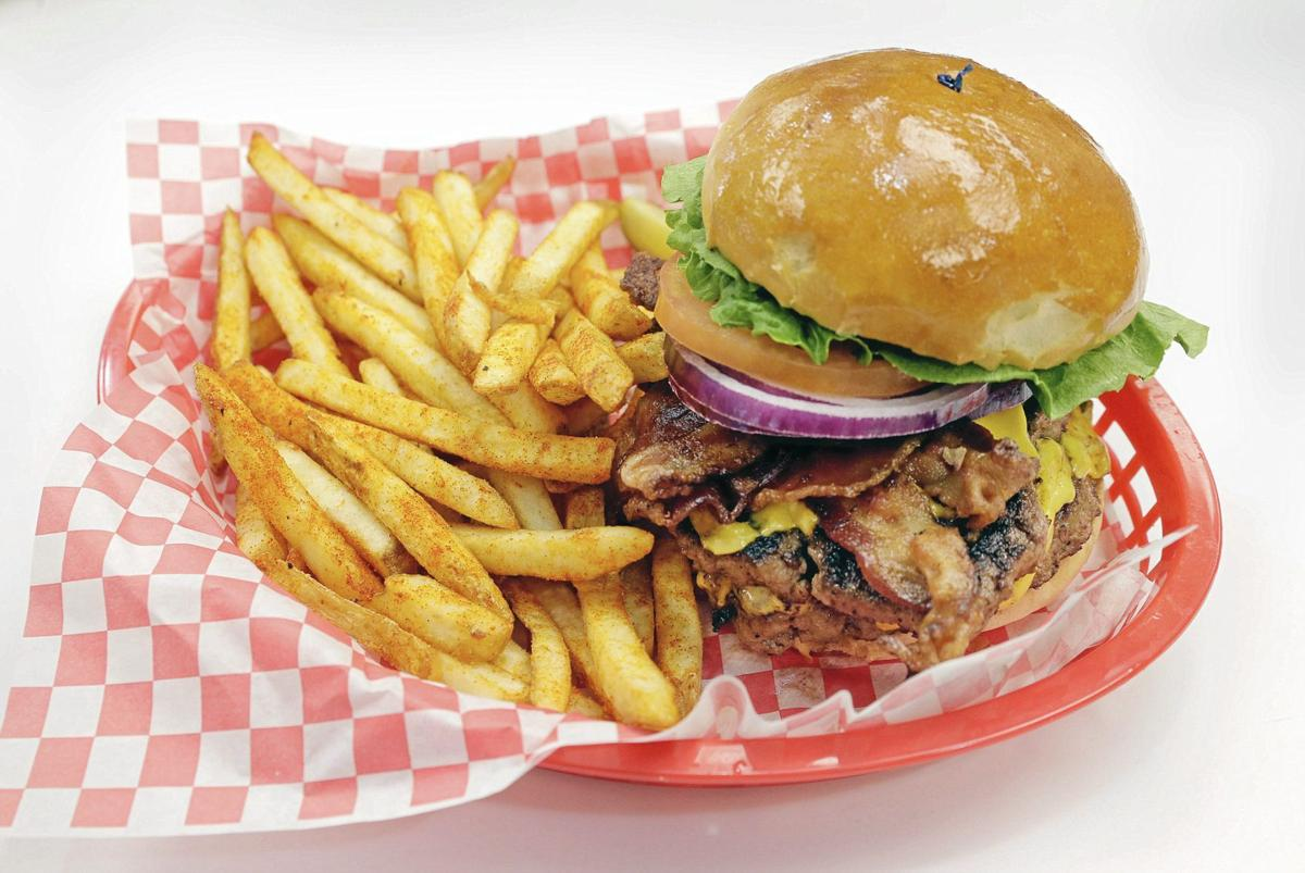 Review 50s Diner Recalls The 1950s With Music