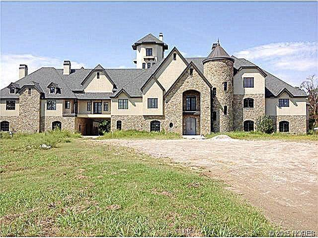 Photo gallery take a look at the most expensive homes on for Most expensive homes on the market