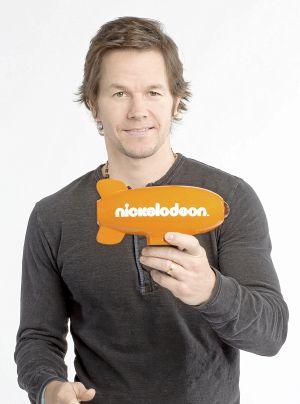 Weekend TV: 'Mr. Selfridge' starts second season Sunday; Mark Wahlberg to host 'Kids' Choice Awards' and more