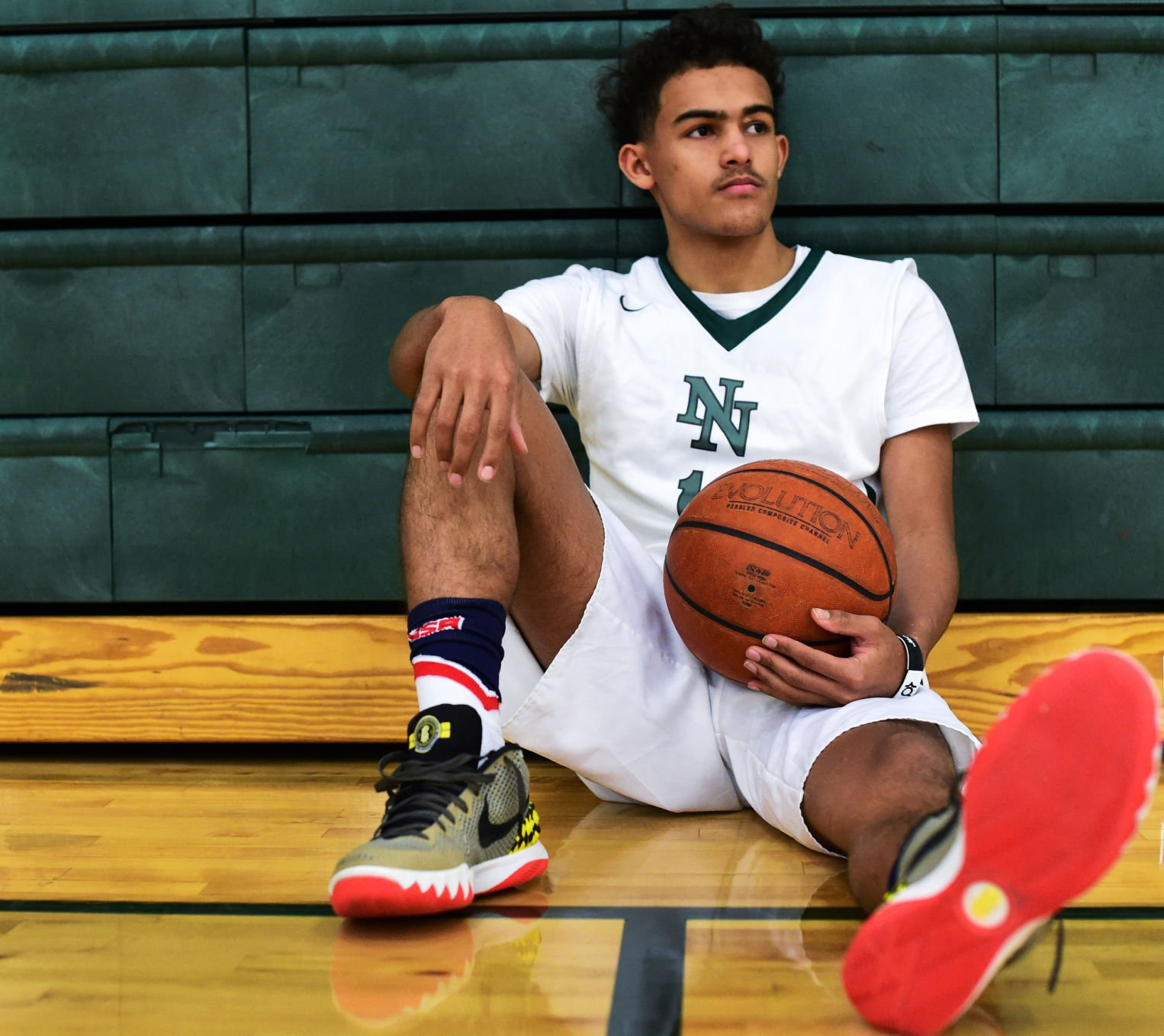 Five-star basketball recruit Trae Young commits to hometown Oklahoma