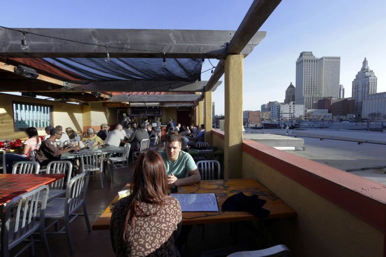 Downtown Tulsa Restaurants With Patio Dining Out Side