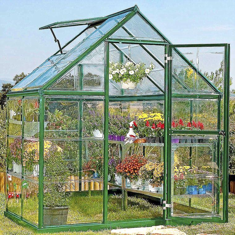 Master gardeners greenhouses come in a variety of designs for Home garden greenhouse design