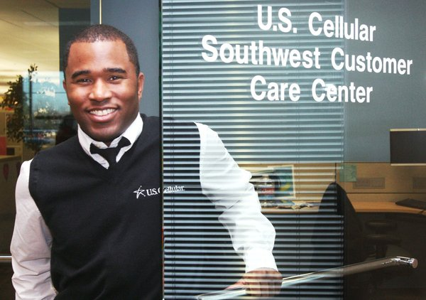5 questions with Jon Lomax, U.S. Cellular call center director ...
