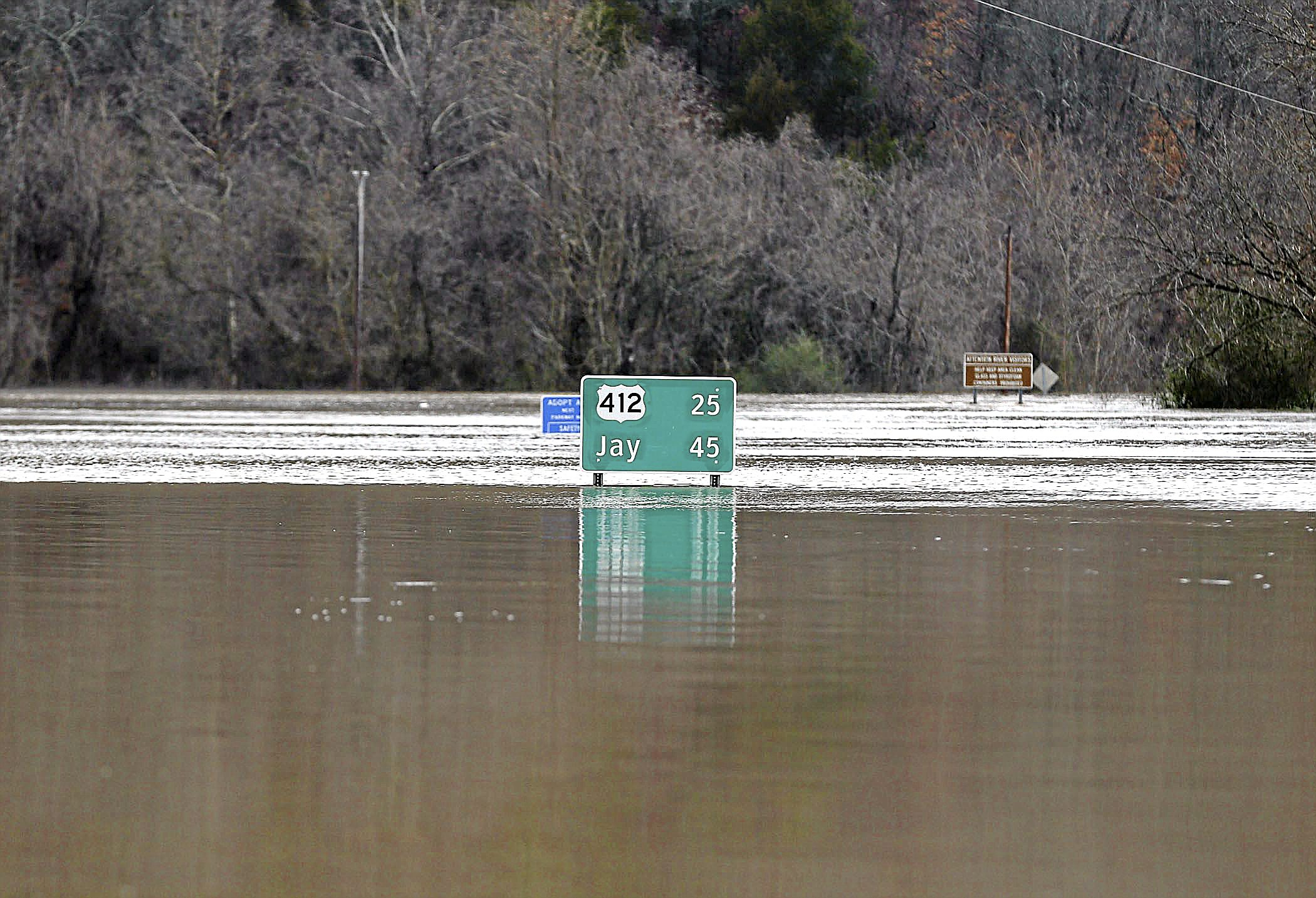 Photo gallery: Illinois River flooding
