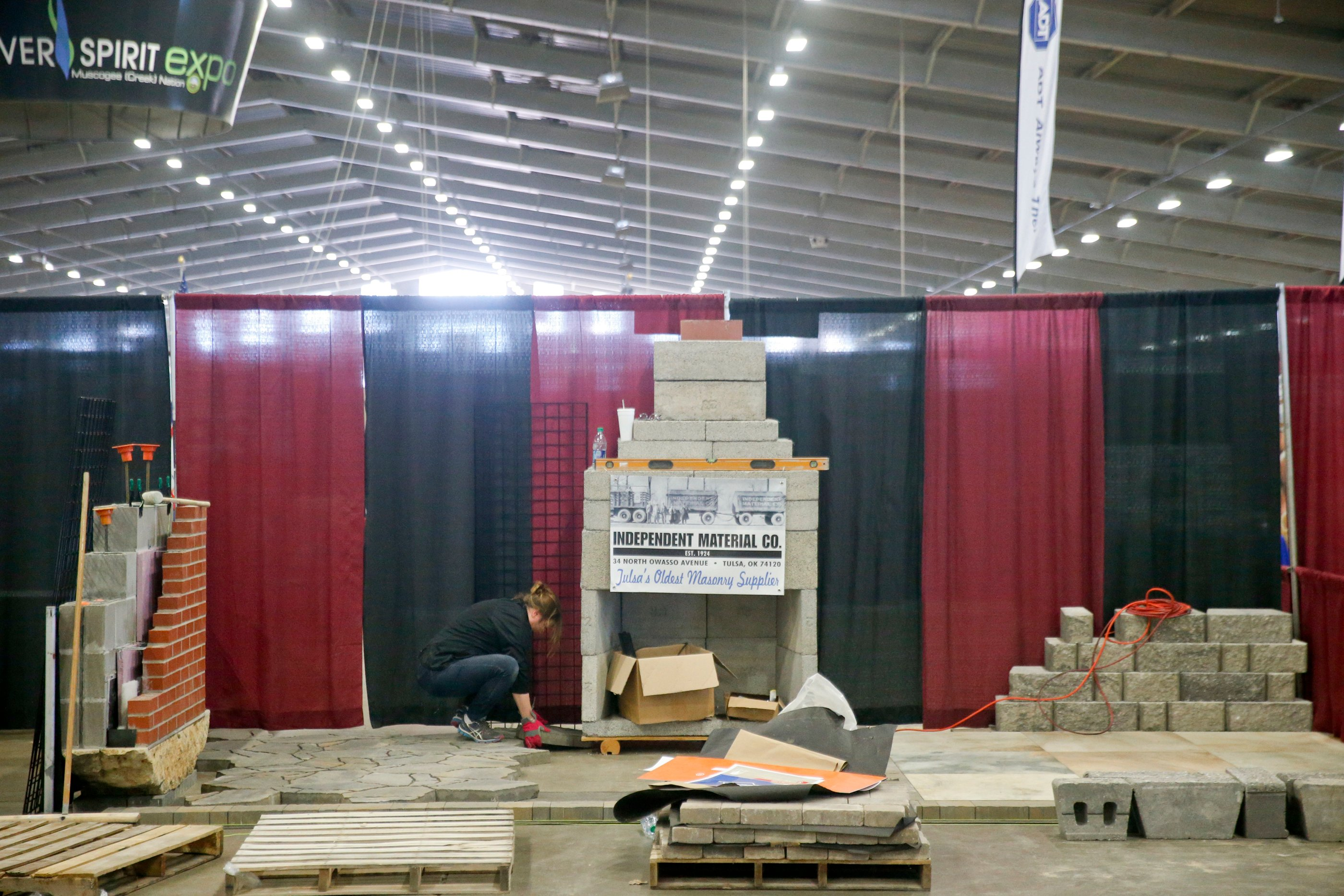 Photo Slideshow Expo Square Prepares For Home And Garden Show