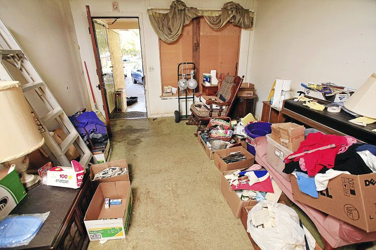 buried in treasure workshop aims to help those affected by hoarding tulsa world features. Black Bedroom Furniture Sets. Home Design Ideas