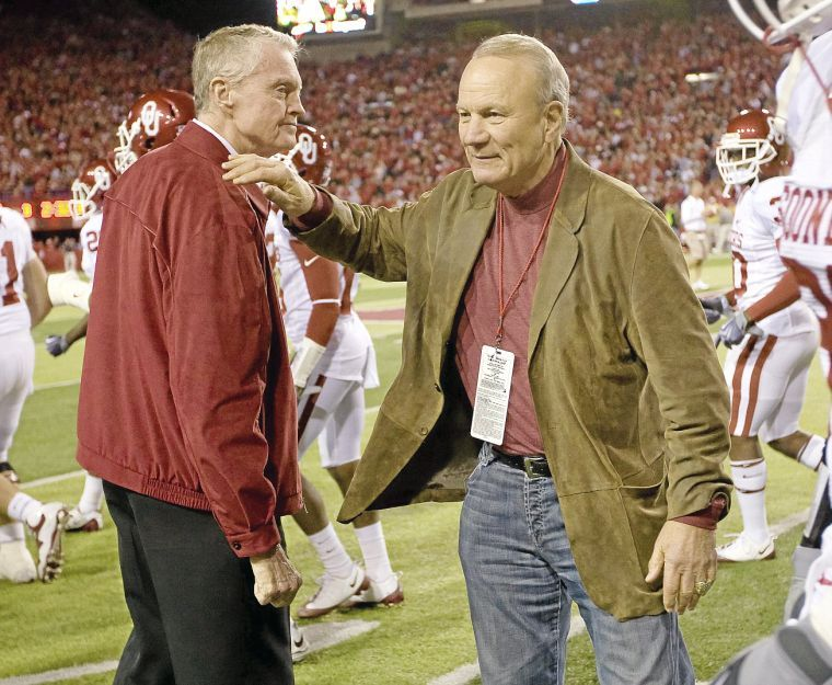 Barry switzer on expectations for oklahoma this season