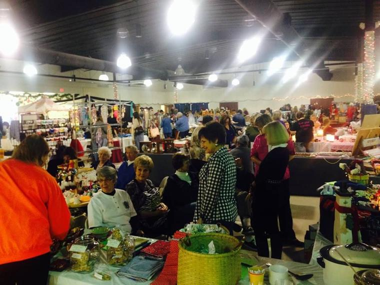Bixby community center accepting vendors for holiday arts for Pa vendors craft shows