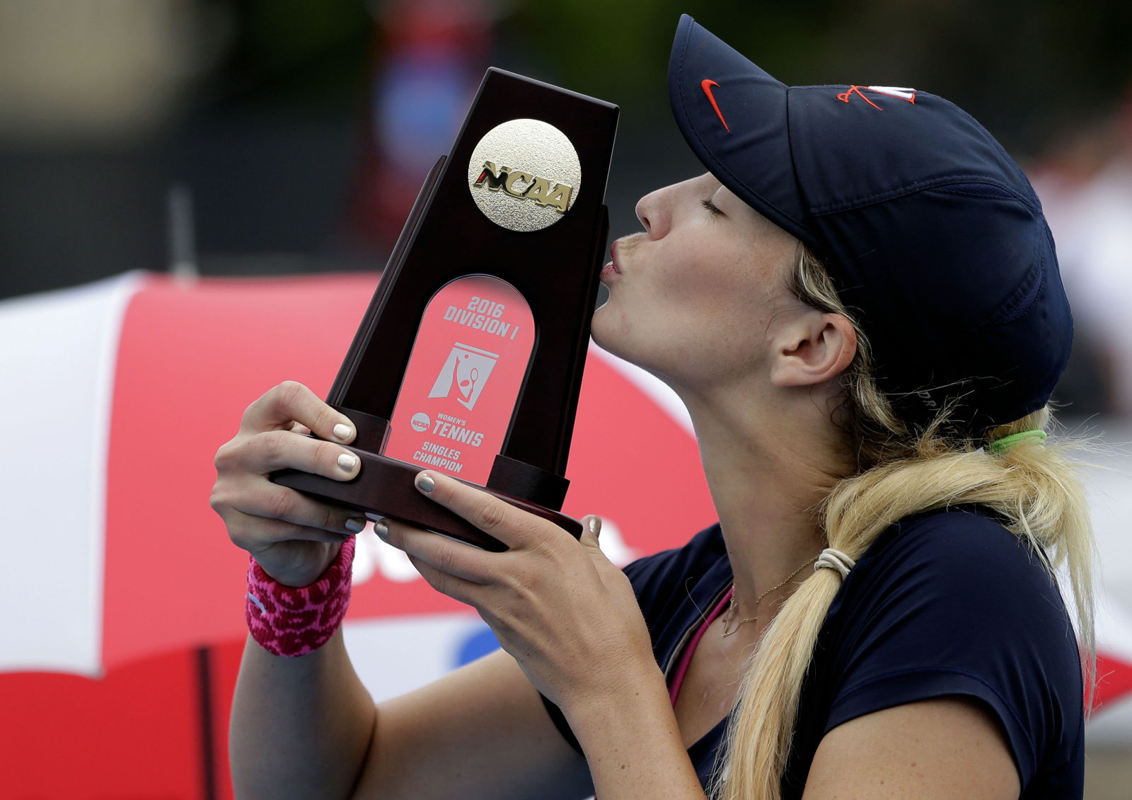 NCAA softball rules and championships