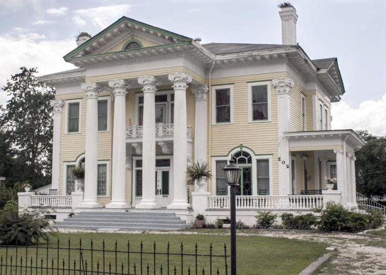 Rainer lewis house this neoclassical revival mansion was for Neoclassic house