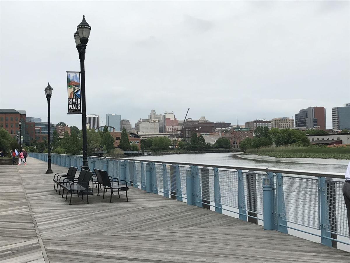 VIDEO The Wilmington Riverfront wel es back its Queen Features