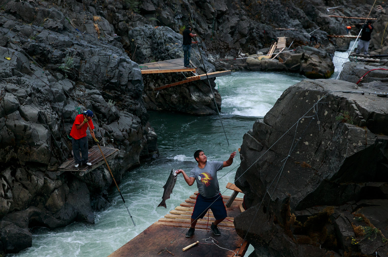 photo essay fishing tradition never lets yakamas
