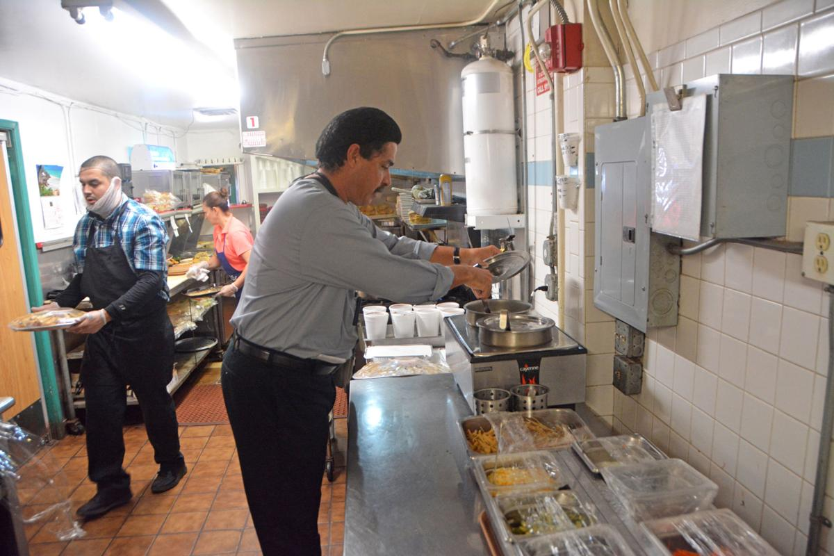 Keeping Kitchens Clean Yuma County Restaurant Inspectors Aim To Ensure Patron Safety Business