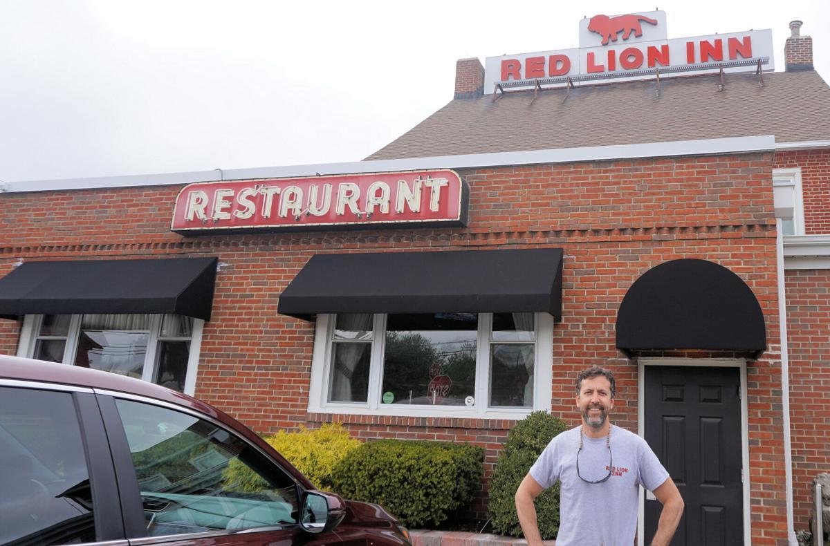 STEPHEN BLACK OUTSIDE RED LION INN
