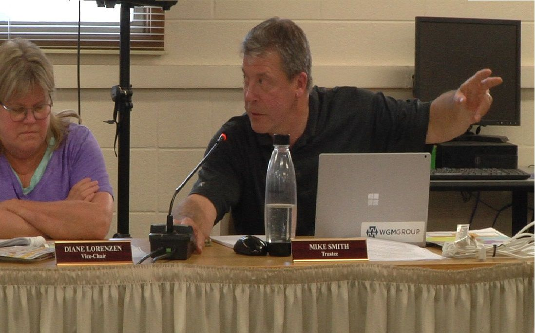 Discrepancies on maps delays vote to change the district boundaries for 3 elementary schools
