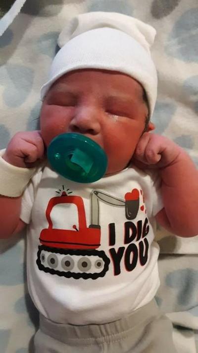 Newborn baby Slaiten Zampich