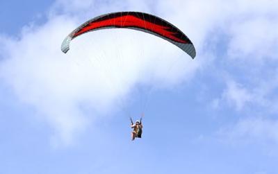 Skydiving parachute generic
