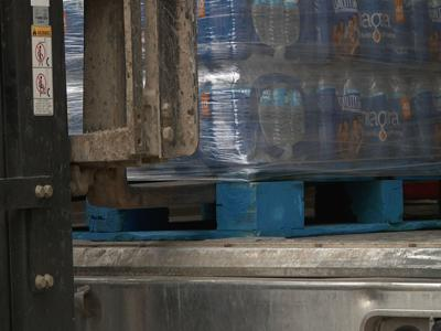 Sysco donates 480 cases of water to WBYC district in one of two shipments