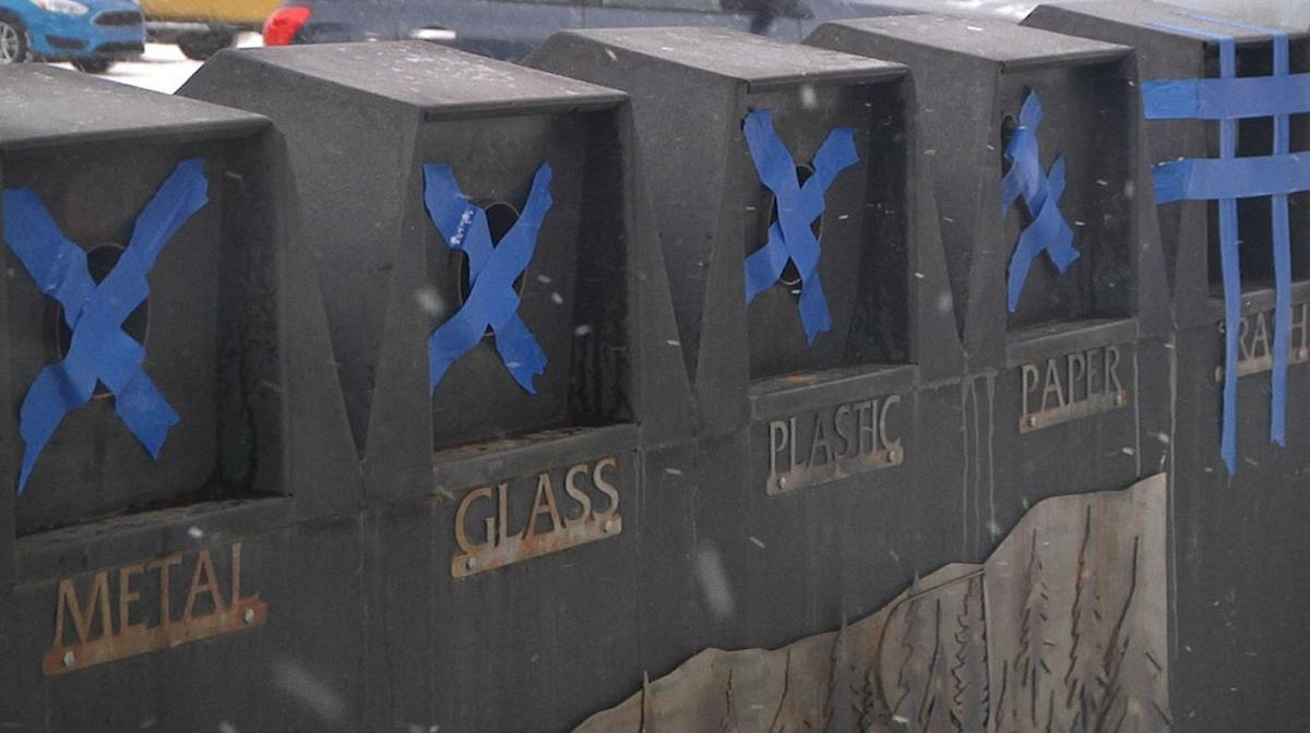 Yellowstone shutdown trash cans