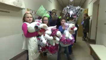 Blankets and Bears delivers last batch to Garfield Elementary school students