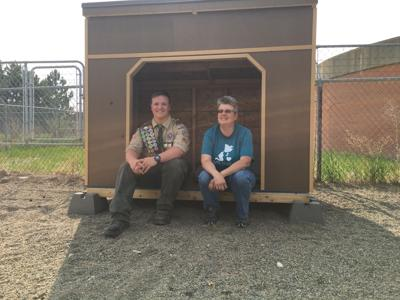 Life scout volunteers at Lewis & Clark Humane Society for Eagle Scout Project