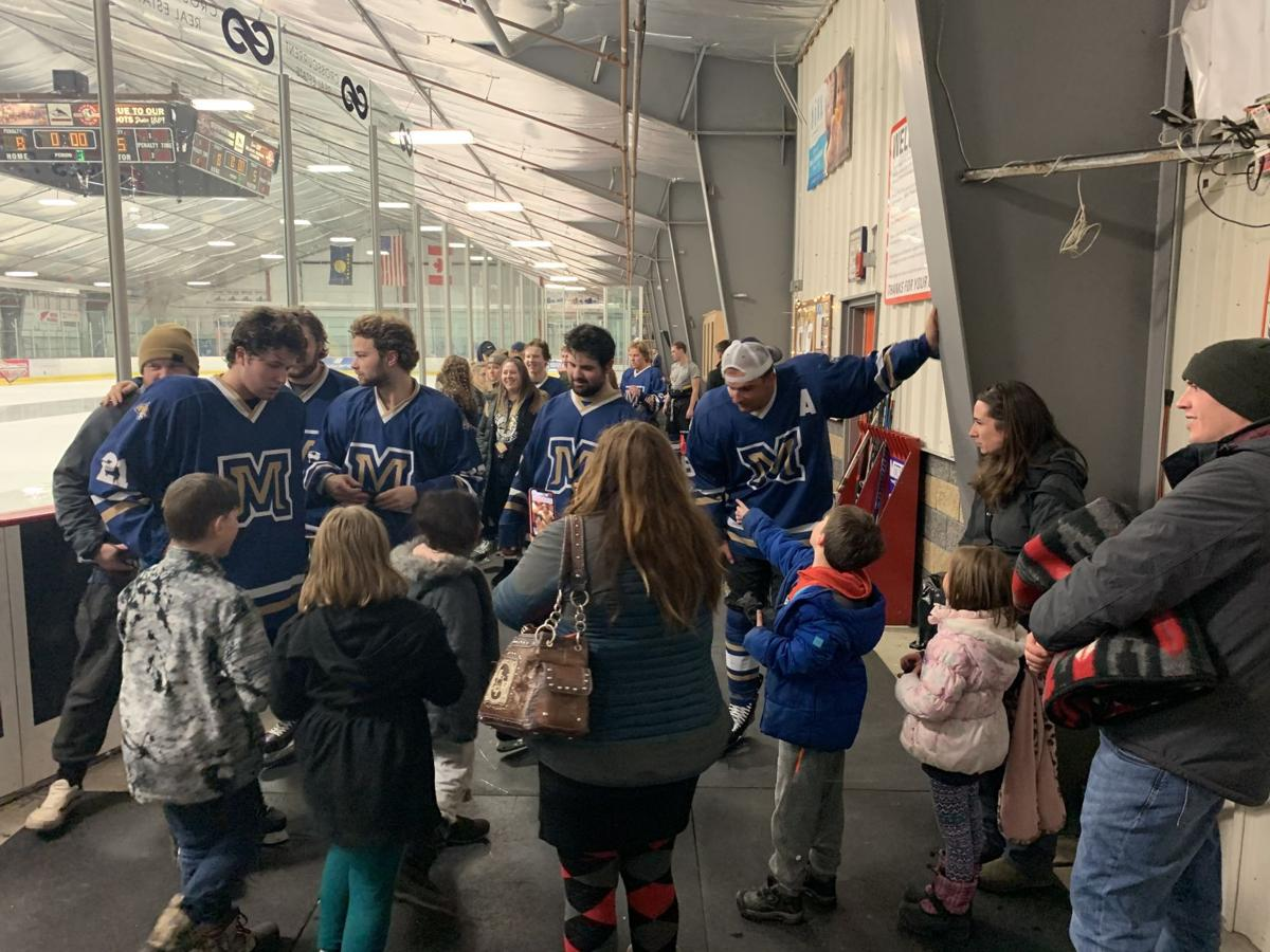 Bobcat Hockey hosts local 5th-grade class at weekend game