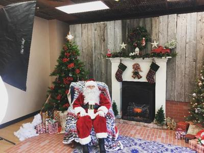 Pictures With Santa While Giving Back