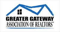 Realtors replenish food pantries