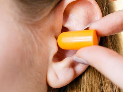 Hearing care provider offers tips for sports fans