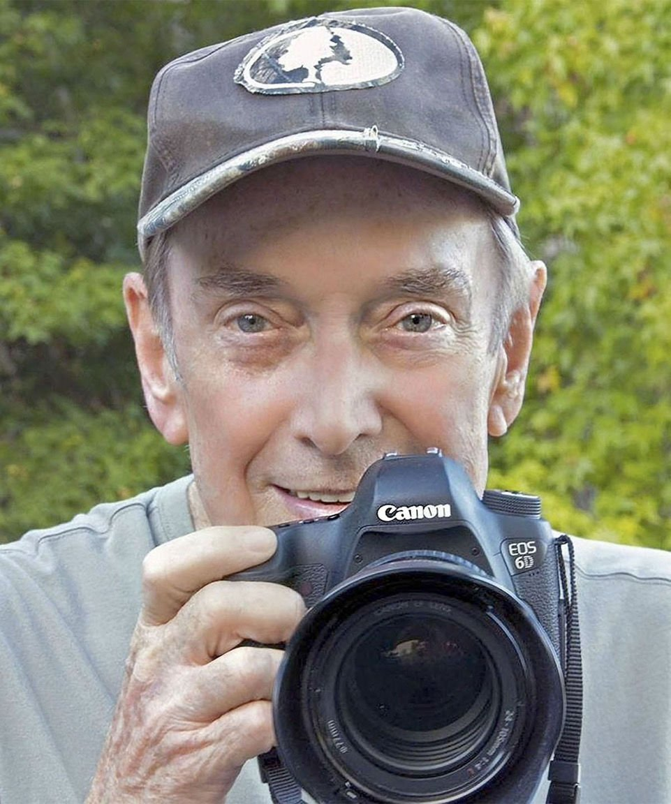 Bobs photos Facebook photo profile picture 34X5.jpeg