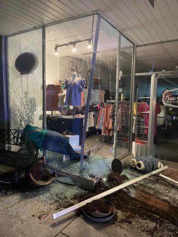 Boutique Crash