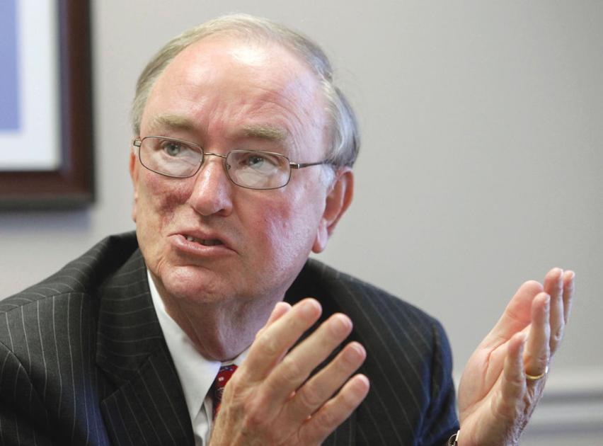 Former university system Chancellor Hank Huckaby dies at 79